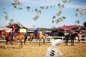 Pioggia di soldi a equitazzione